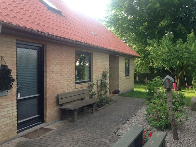 Only 20min from Copenhagen centre, family friendly - Hedehusene - Rumah