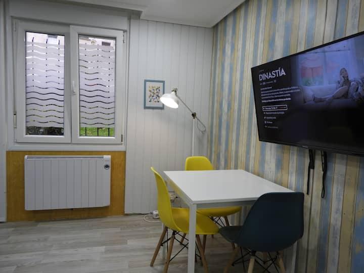 Loft pequeño con garaje y wifi