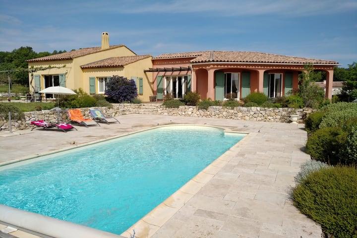 Villa avec piscine sur les basses gorges du Verdon