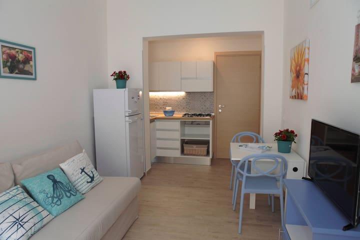 Casa BLUMEDITERRANEO, appartamento Celeste