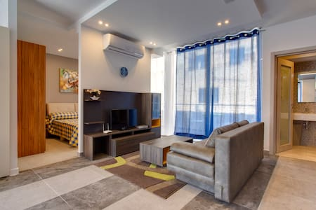 Luxury Apt Best Location, Sliema - 塔斯-斯利馬