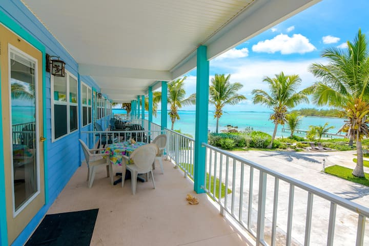 Beachfront house with two master suites