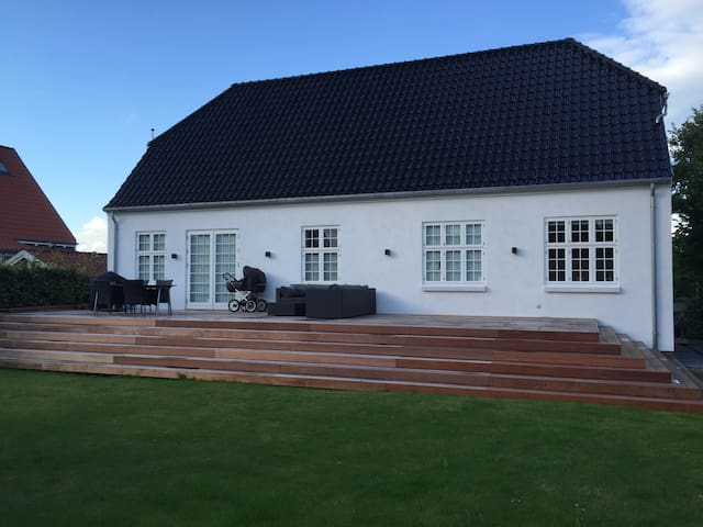 Perfect new build villa 3 km from Aarhus city - Viby - Hus