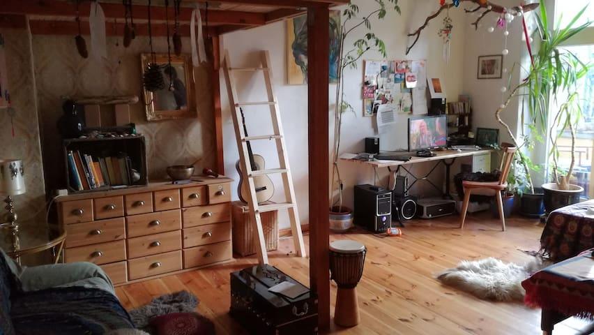 Süße, holzige Wohnung im Herzen von Berlin - Berlin - Wohnung