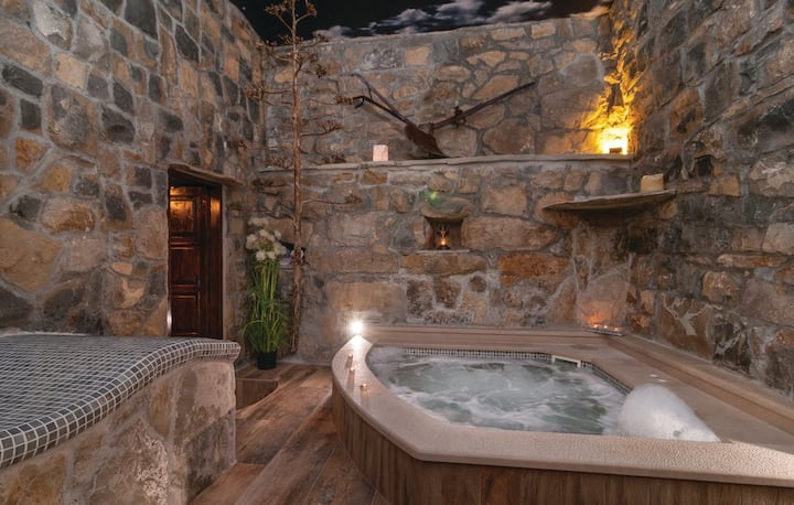Unique stone house with spa room and jacuzzi