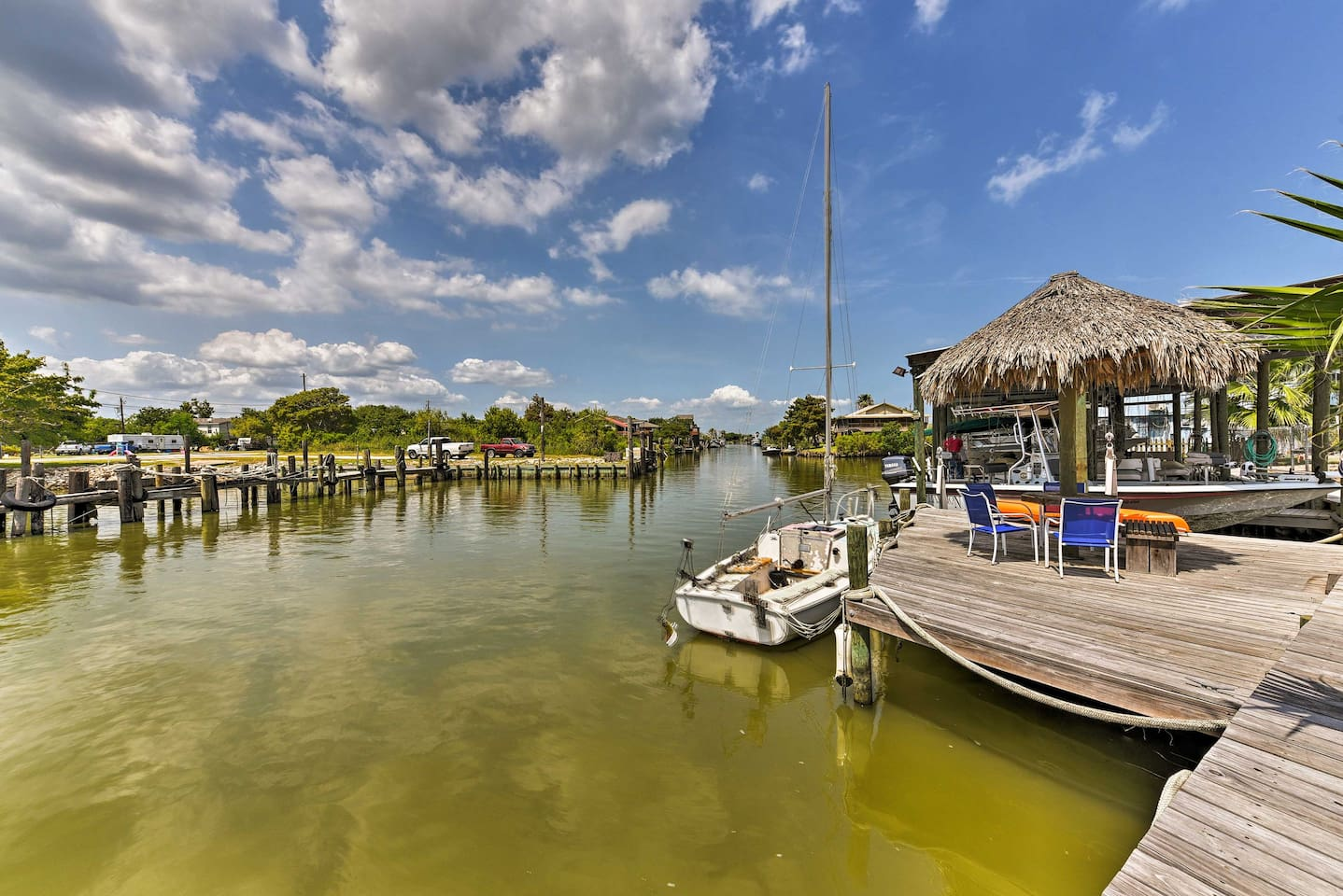 Look forward to days of boating and fishing when you book this San Leon rental!