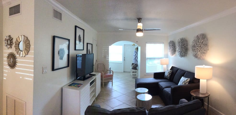 Beautiful, Newly Remodeled Ground Floor Condo.