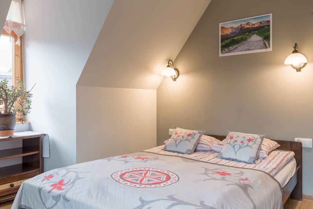 Sypialnia nr 1 z podwójnym łóżkiem/Bedroom no.1 with dublebed