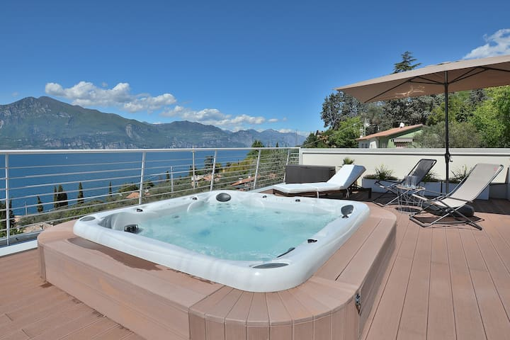 Residence Bellavista With Jacuzzi And Pool