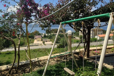 Sirena place in radhima beach - Vlorë