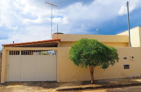 CASA ACONCHEGO - PARAÍSO DE MINAS