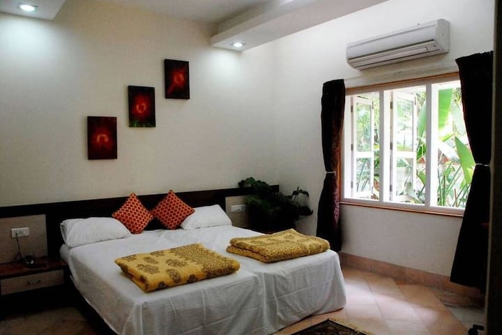 Well appointed room - Koregaon Park