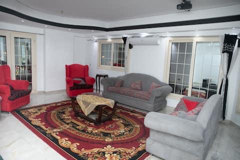 Luxury Apartments, Zahraa AlMaadi