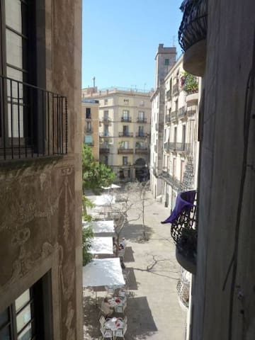 Double-bed room in a flatshare Barcelona center - Barcelona - Apartment