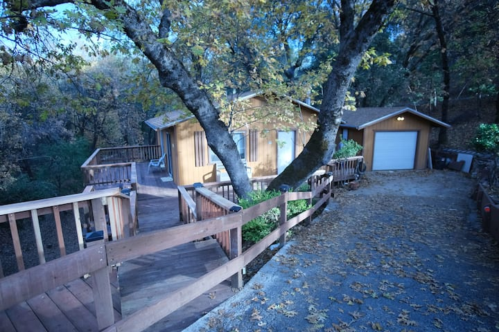 Great gateway in the woods but close to Sonora