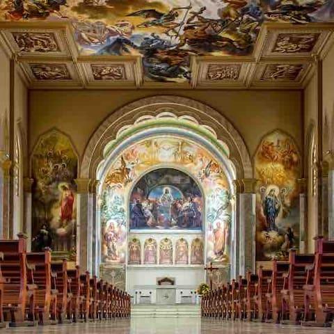 Interior da Igreja de São Pelegrino