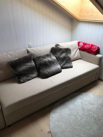 2ème chambre à coucher, canapé lit 2 places