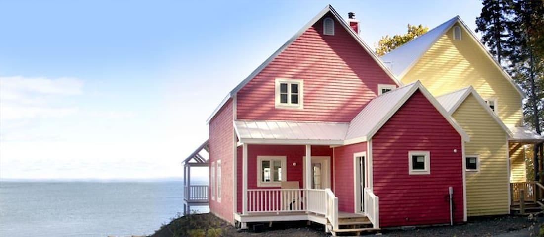 Luxueux cottage sur le St-Laurent - Saint-Irénée - Chalet