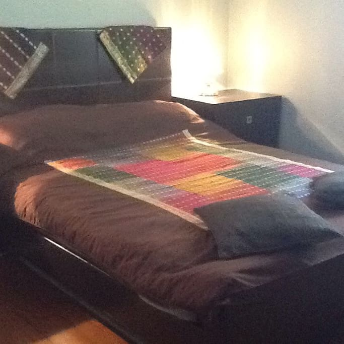 Large room queensize bed with fold down bed if extra people