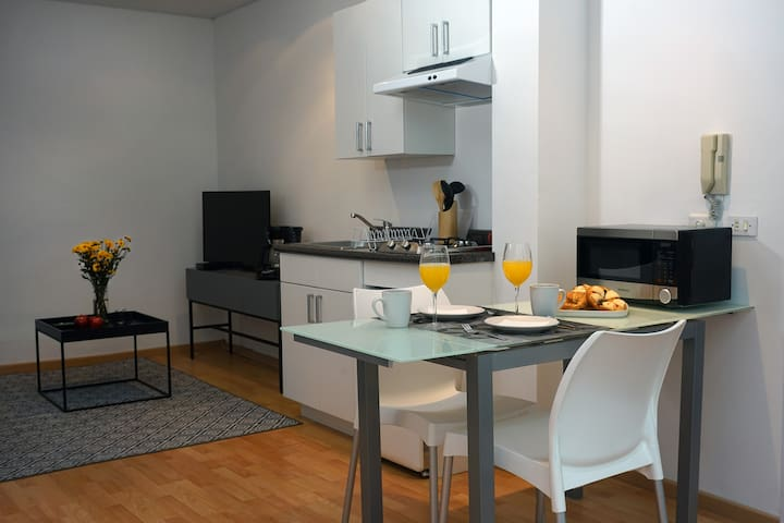 Nice studio in trendy Condesa