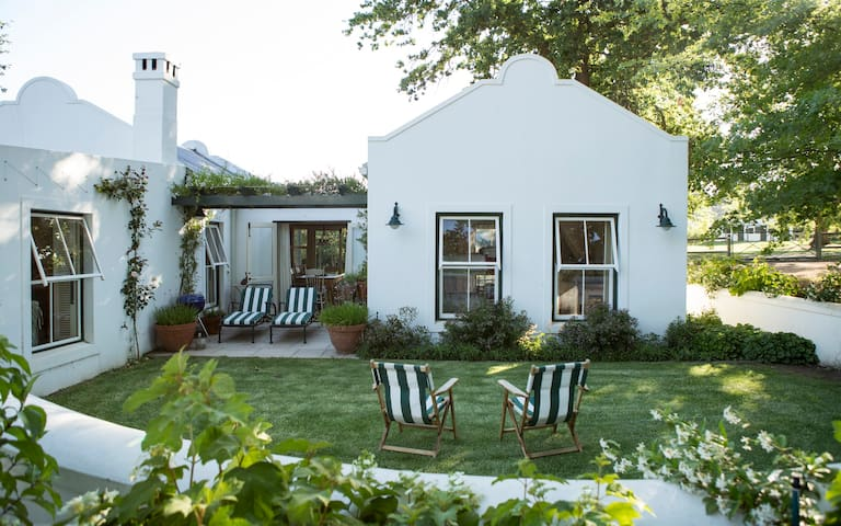 Self-catering Farm cottage, Elgin Valley, Grabouw - Grabouw - Huis