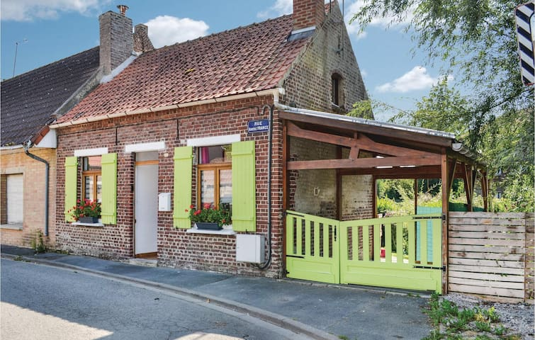 Semi-Detached with 1 bedroom on 50m² in Arques