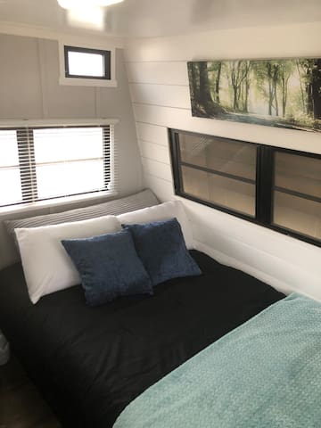 Refreshing Renovated Camper Near Joes Valley