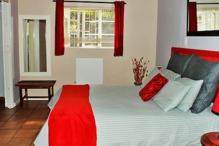 Apartment C, Sabie Self Catering - Sabie - Serviced flat