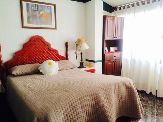 Sun Monarca Rooms