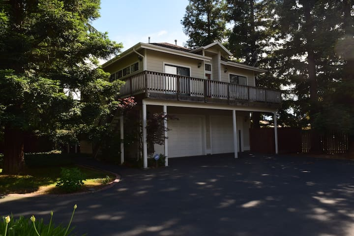 Perfect for corporate housing or vacation stays!