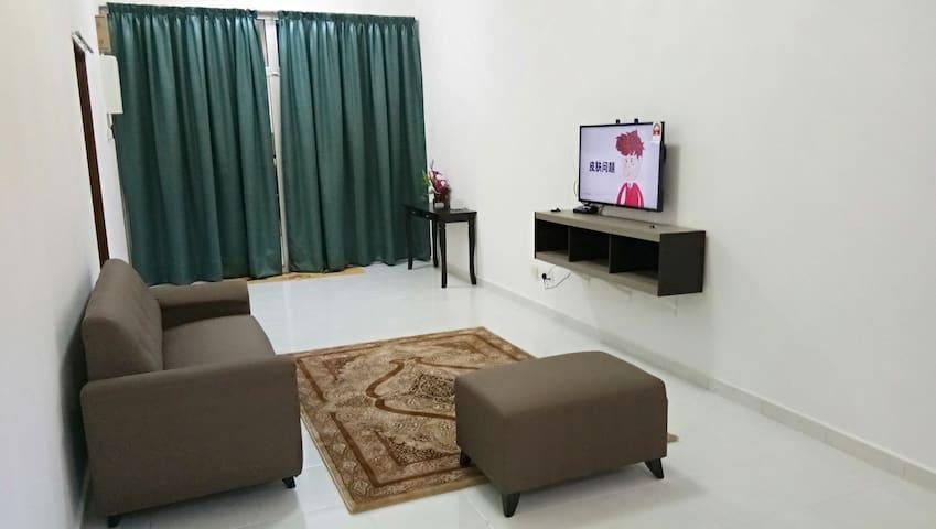 Homestay Aiman Kuantan / KotaSAS -all room aircond