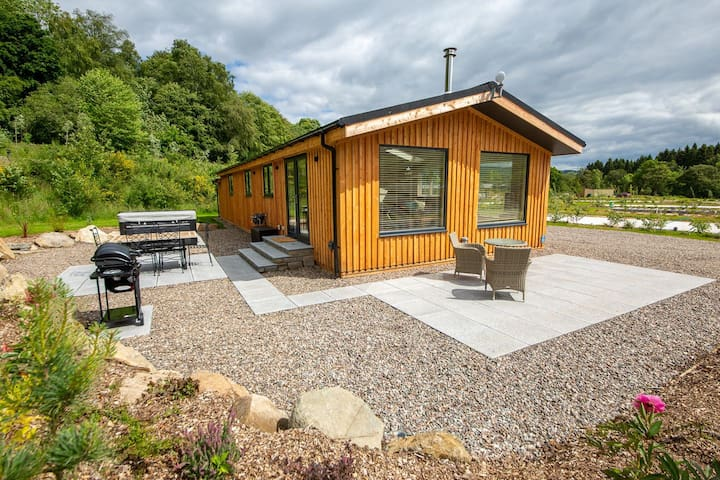 Balloch Park, Lyon Lodge, Keltneyburn, Kenmore PET FRIENDLY