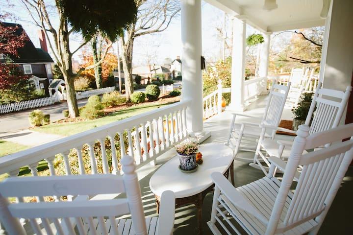 True Asheville B&B- Biltmore Room- 2nd floor - Asheville - Bed & Breakfast