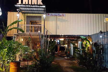 THINK & Retro Cafe Lipa Noi - サムイ島 - バンガロー