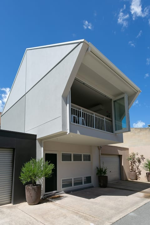 51SQ Eco Home Adelaide city