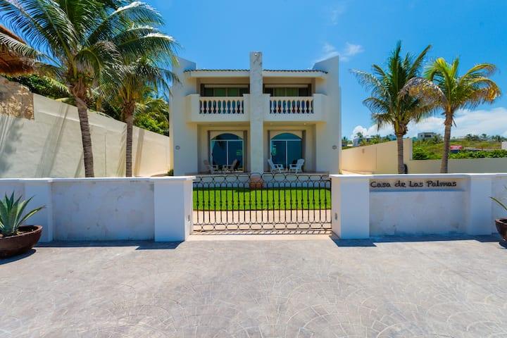 Casa de las Palmas - Main Villa & Casita A