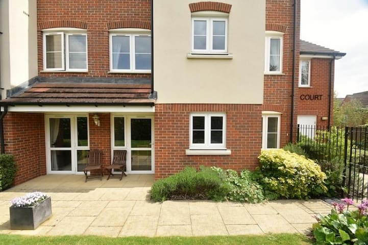 Stunning flat Chesham Chilterns, 40 mins fm London