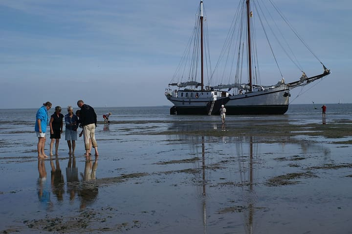 Easter Sailing trip to the Dutch Wadden Islands!