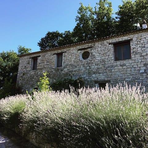 Le Moulin Vue Guest House