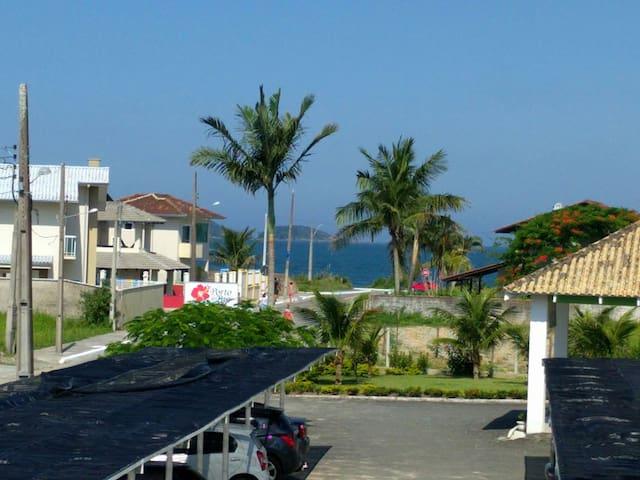 Apto a 200m da praia com linda vista Itaguaçu - São Francisco do Sul - Apartment
