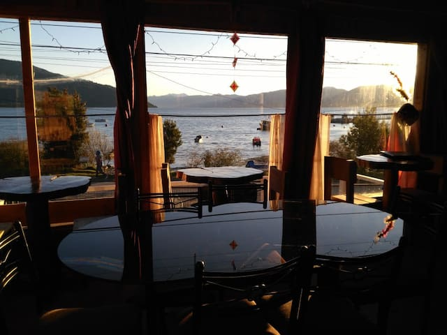 Hostal Restoran Pilchas