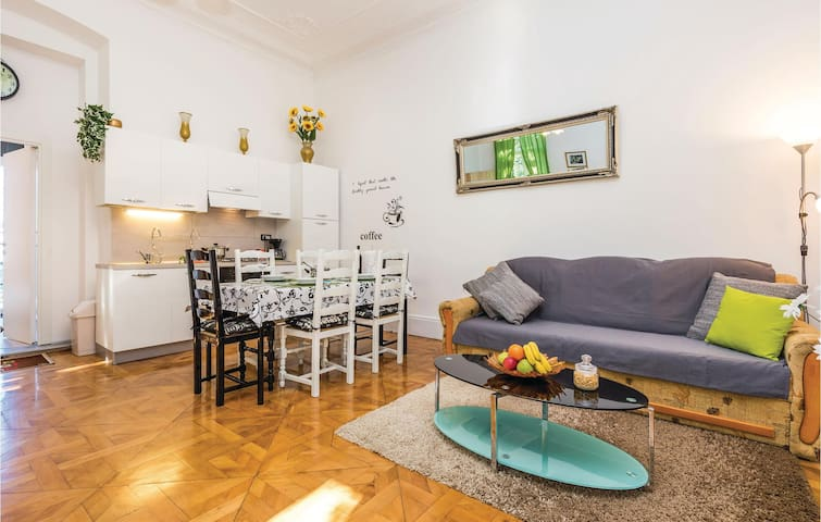 Holiday apartment with 1 bedroom on 58m² in Rijeka