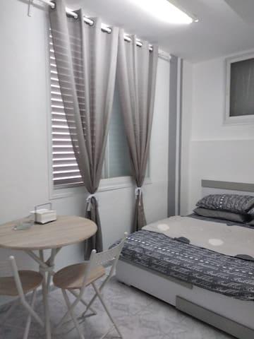 חדר להשכרה מחיר ללילה 150 שח