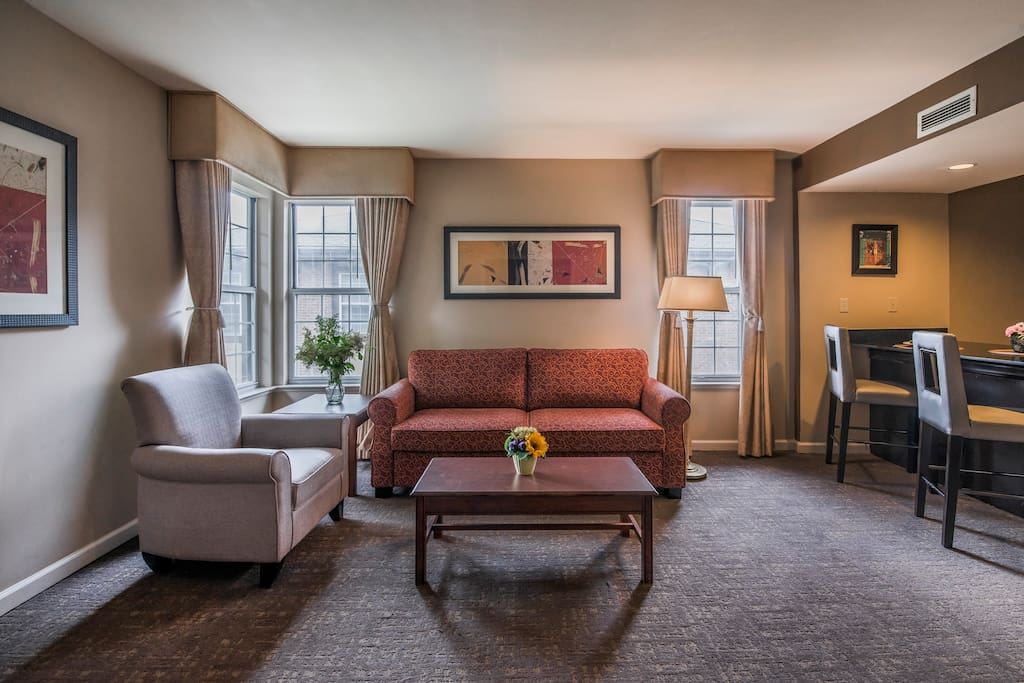 Suite W Dbls Living Room Kitchen In Dublin Ohio United States