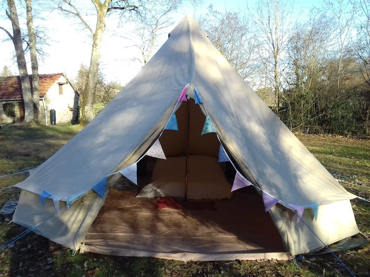 Bell tent in a small friendly campsite
