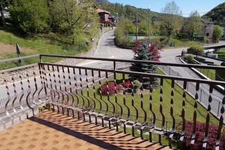 Appartamento a Serina (BG)- Italy - Serina - Leilighet