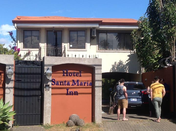 Hotel Santamaria Inn