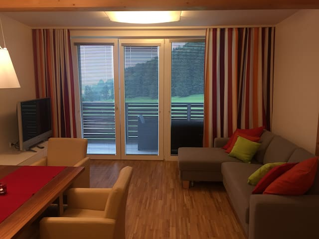 Appartment direkt an der Schipiste - Haus - Appartement