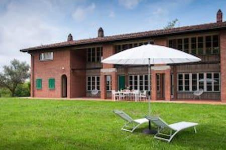 Beautiful Villa with Private Pool - San Carlo I