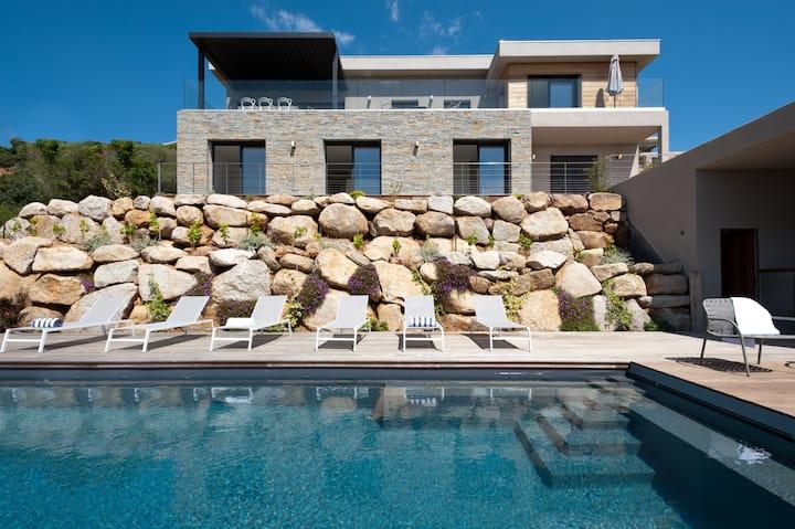 Villa Madonetta, vue sur la baie de Saint Cyprien
